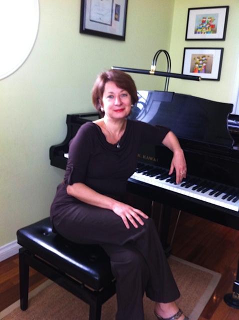 olga with piano